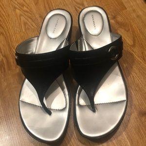 Lands End 9B Comfort Fit Wedges Silver/Black